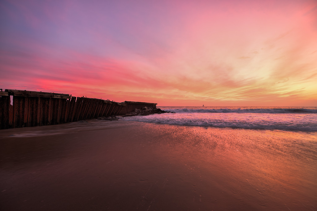 Landscape photo at Dockweiler State Beach